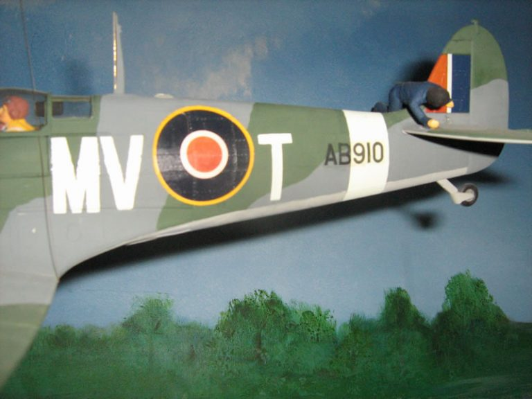THE WAAF WHO FLEW A CIRCUIT ON A SPITFIRE